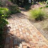 Z czego wykonać ścieżki ogrodowe?