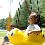 Zabawa z dzieckiem w ogrodzie – stwórz strefę rekreacyjną!